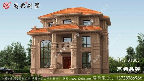 坡屋顶的设计提高了别墅的美观度